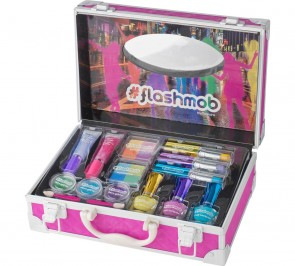 Flashmob Power Generator Make-up Set.