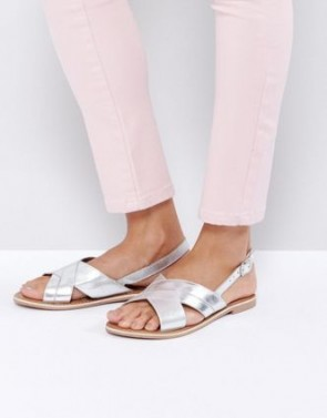 New Look Cross Strap Sandals - Silver.