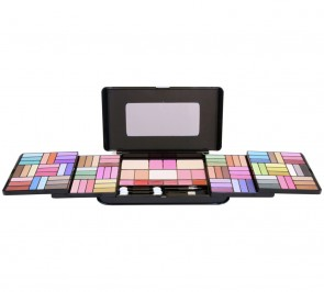 Pretty Pink Pro Make-up Set.